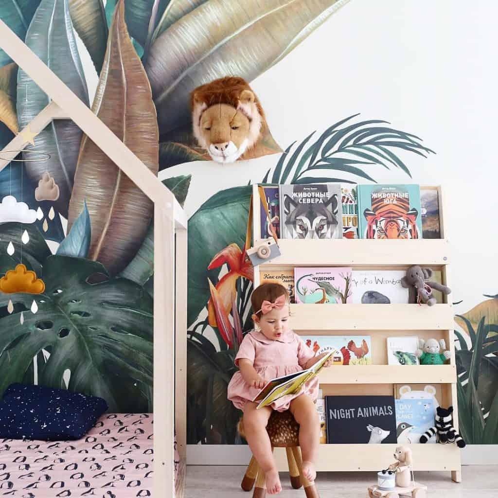 Enfants lecture, enfants qui lisent, thérapie lecture, thérapie lecture chiens, lire avec robots, tidy books, lecture autonome