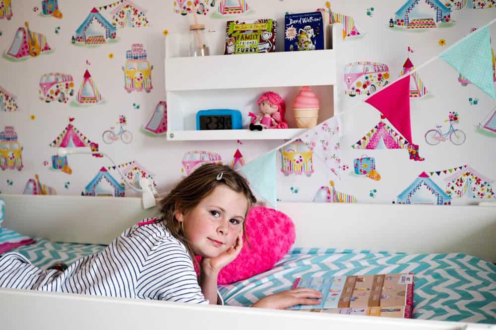 bunk bed buddy, journal intime, tidy books, étagère de mezzanine